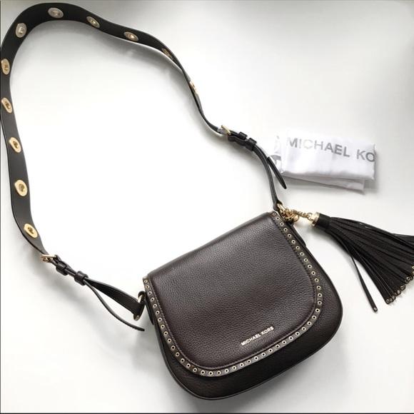 a81c99507d5a94 MICHAEL Michael Kors Bags | Brooklyn Medium Saddle Bag | Poshmark
